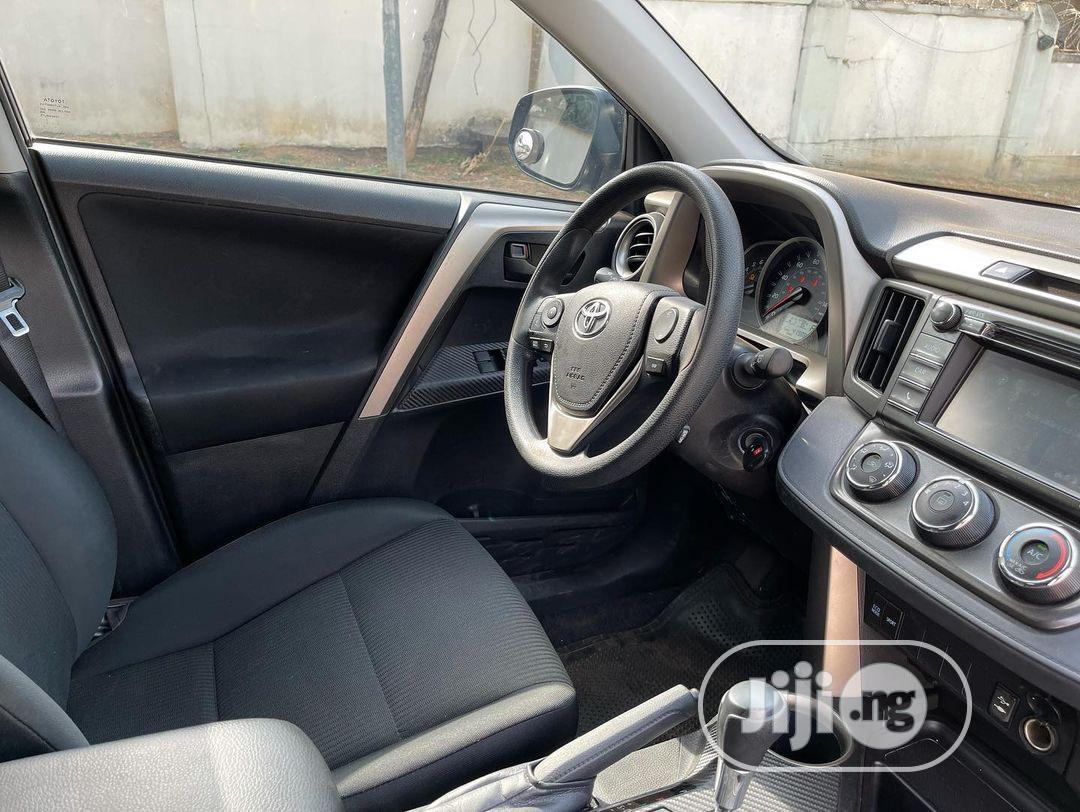 Archive: Toyota RAV4 2016 LE AWD (2.5L 4cyl 6A) Black