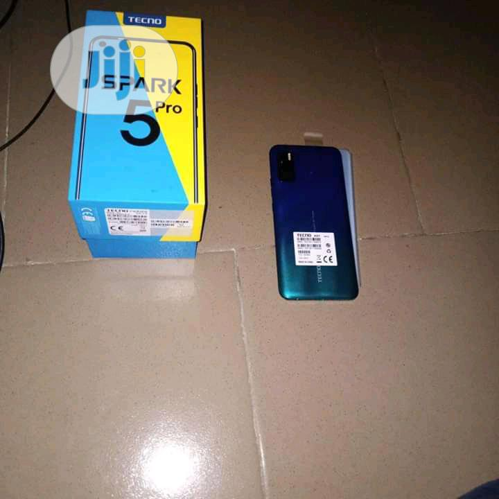 New Tecno Spark 5 Pro 64 GB Green