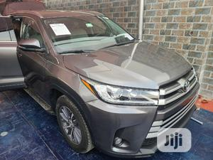 Toyota Highlander 2018 Gray | Cars for sale in Lagos State, Surulere