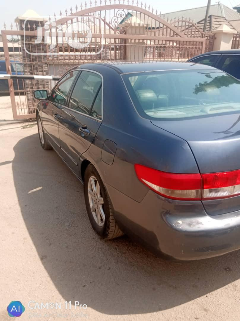 Archive: Honda Accord 2003 Automatic Gray