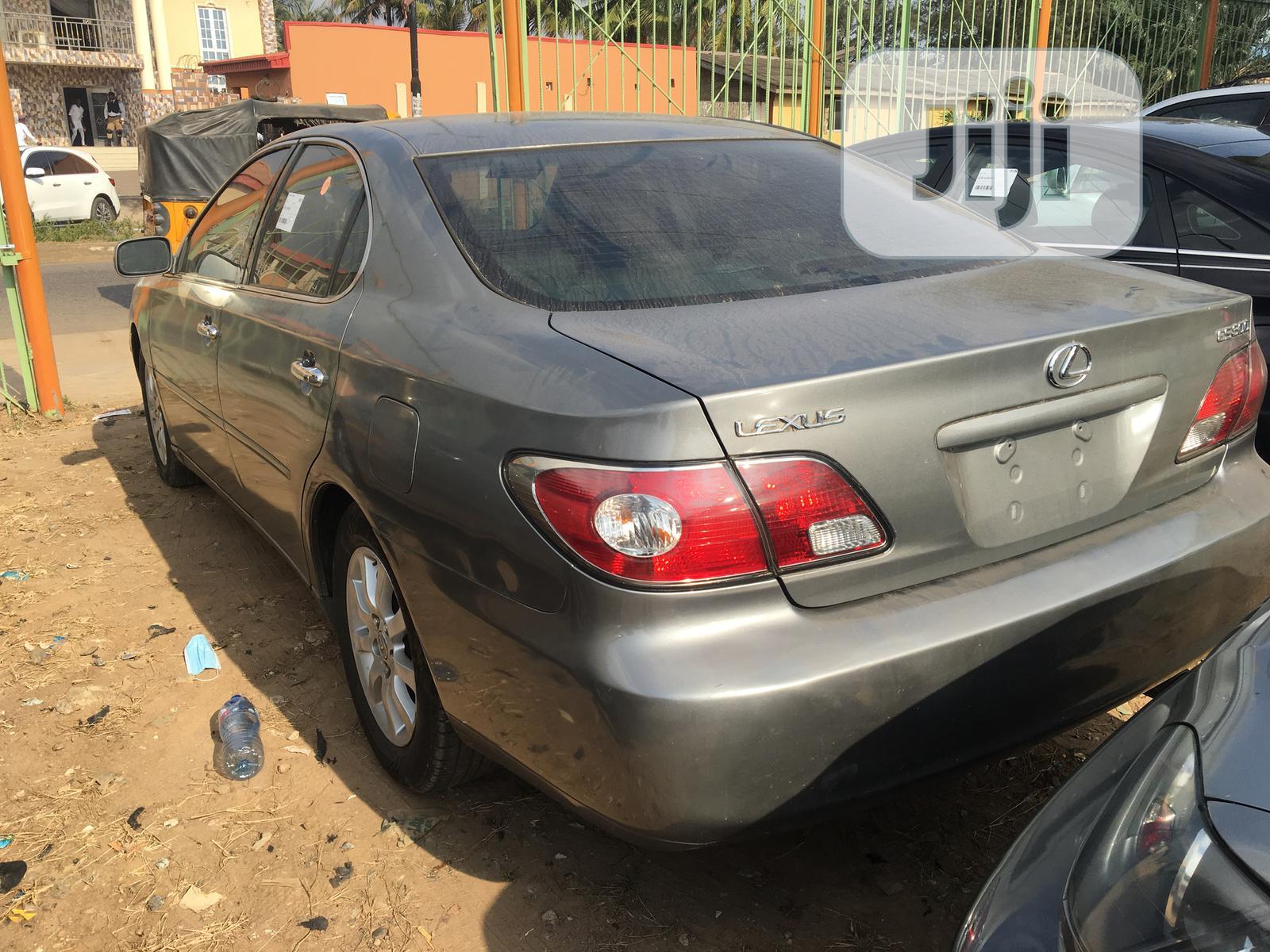 Archive: Lexus ES 2003 330 Gray
