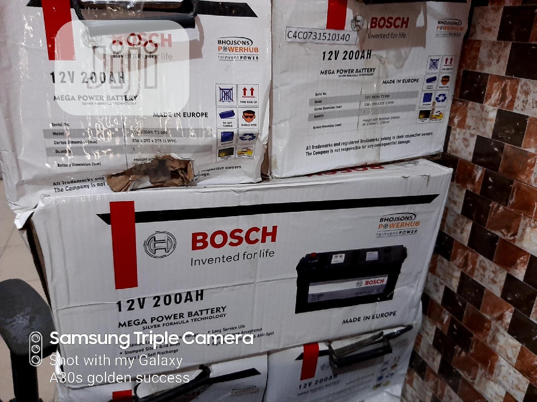 200ah 12volts Bosch Battery