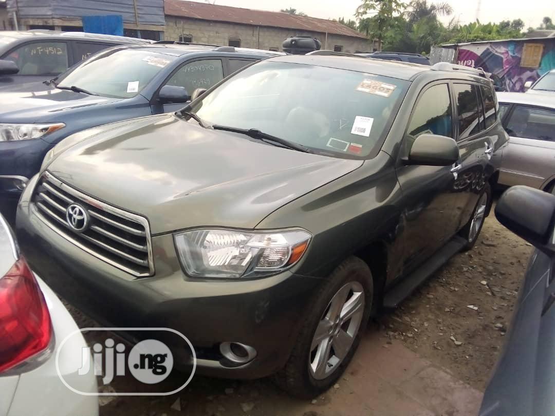 Toyota Highlander 2008 4x4 Green | Cars for sale in Amuwo-Odofin, Lagos State, Nigeria