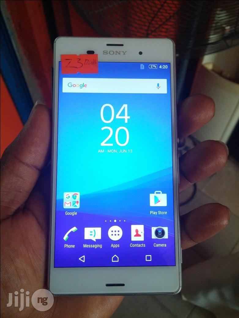 Uk Used Sony Xperia Z3 Dual White 32 GB