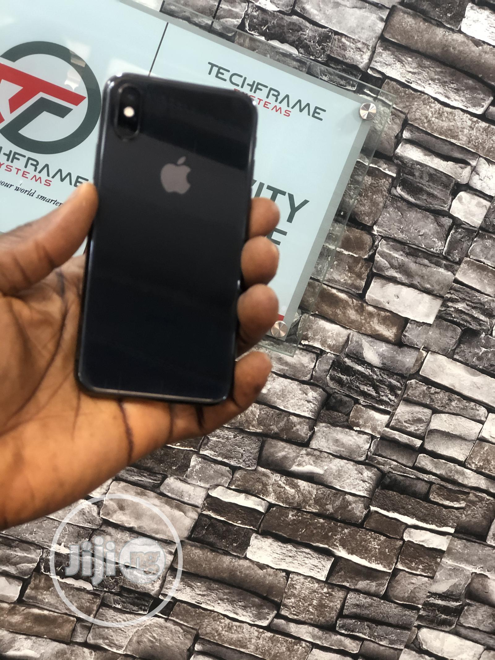 Apple iPhone XS 256 GB Gray