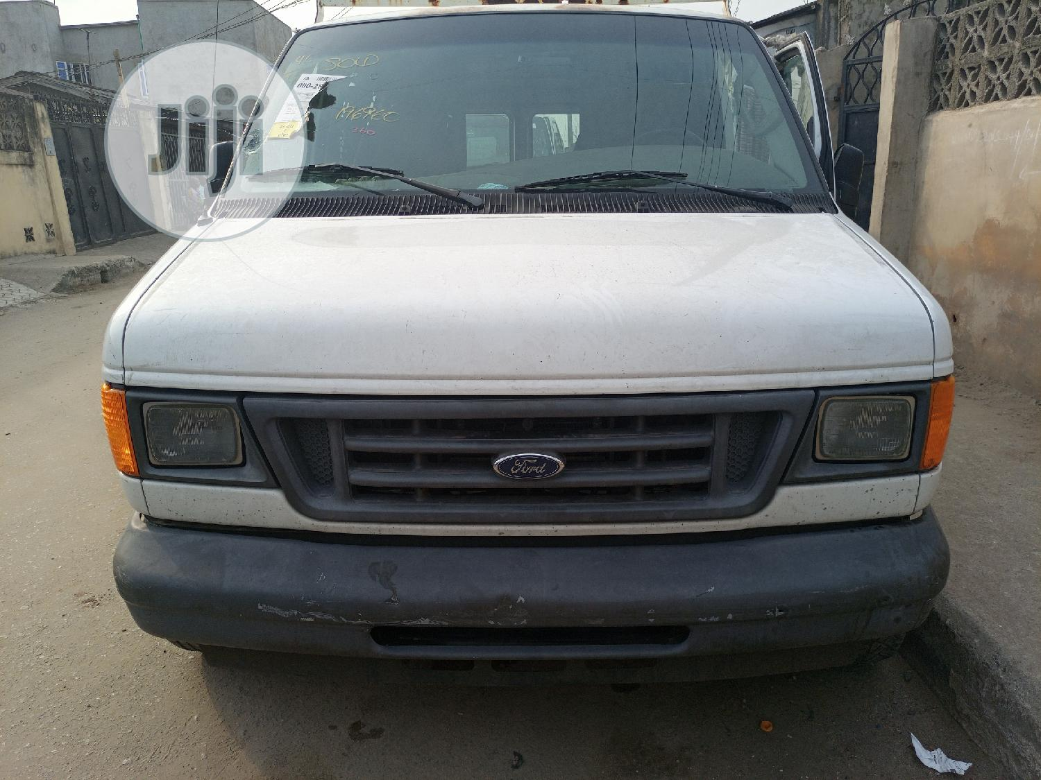 Ford E-150 2006 | Buses & Microbuses for sale in Surulere, Lagos State, Nigeria