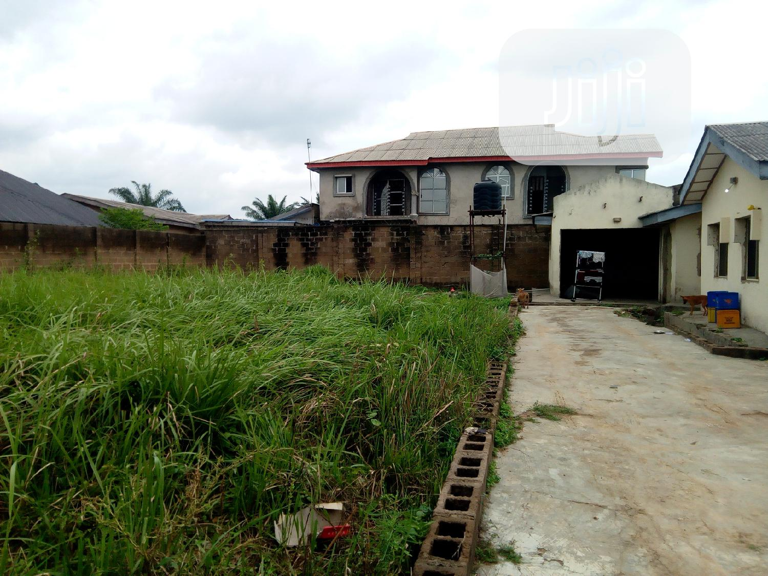 Twin Flat 3bedroom Eh Bungalow on 2 Standard Plots of Land | Houses & Apartments For Sale for sale in Alakia, Ibadan, Nigeria