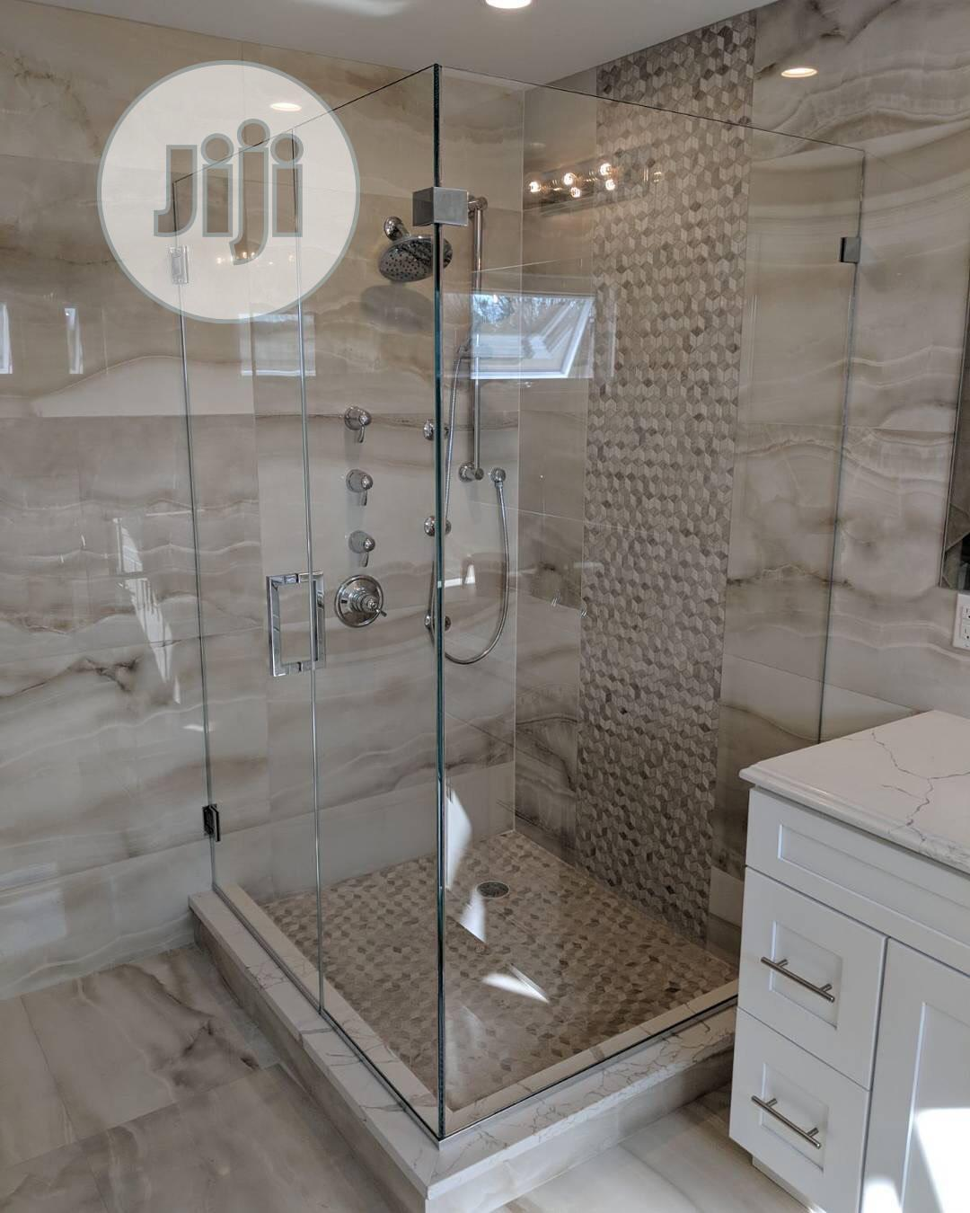 Shower Cubicle for Bath