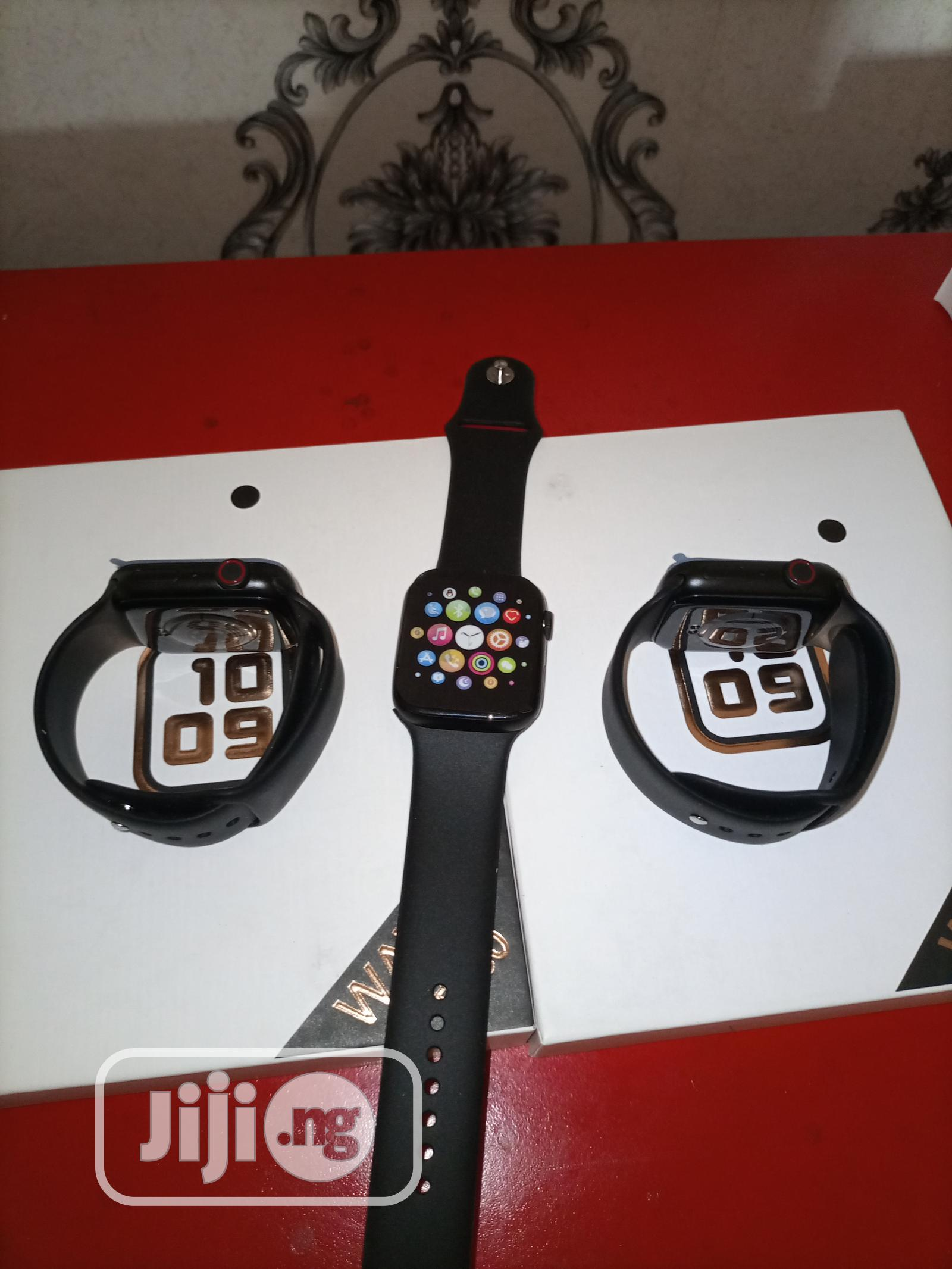 Smart Watch T500 - Black | Smart Watches & Trackers for sale in Abule Egba, Lagos State, Nigeria