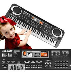 61 Keys Electronic Keyboard With Microphone And Charger | Toys for sale in Lagos State, Ikeja