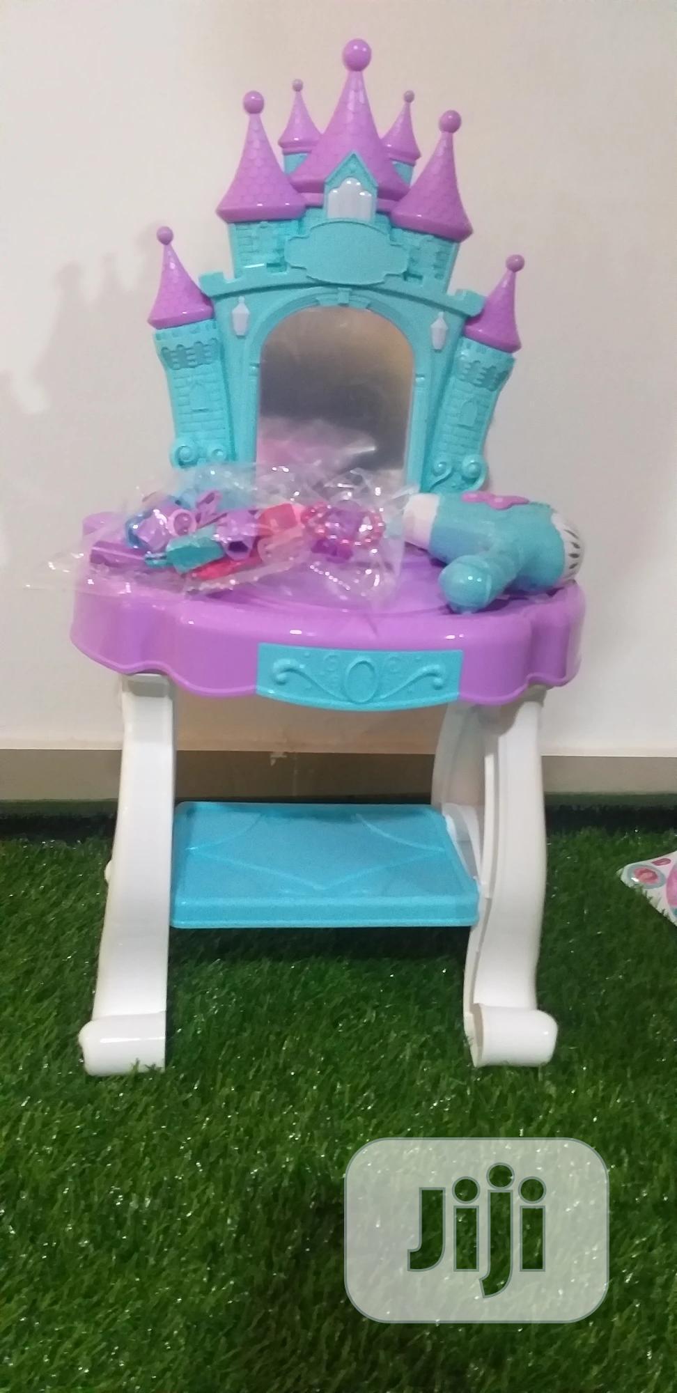 Beauty Angel Dress Desk Toy