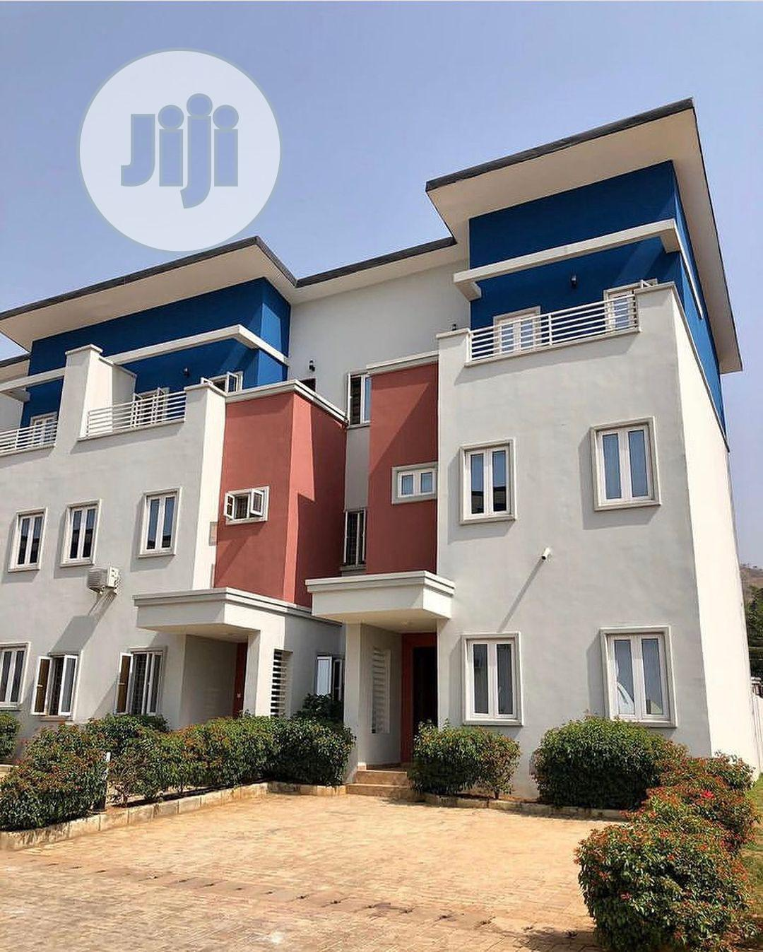 Exquisite 3 Bedroom Terrace Duplex With Bq