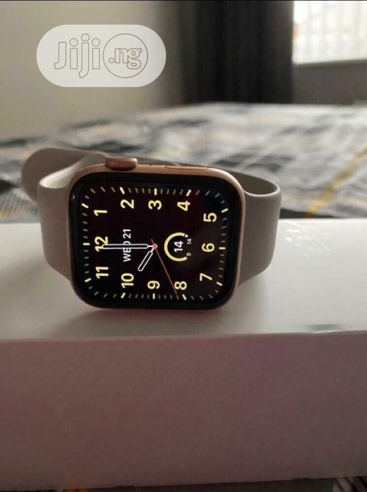 Archive: Apple Watch Series 5 44mm GPS