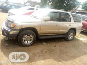 Toyota 4-Runner 2002 Gold | Cars for sale in Lagos State, Oshodi
