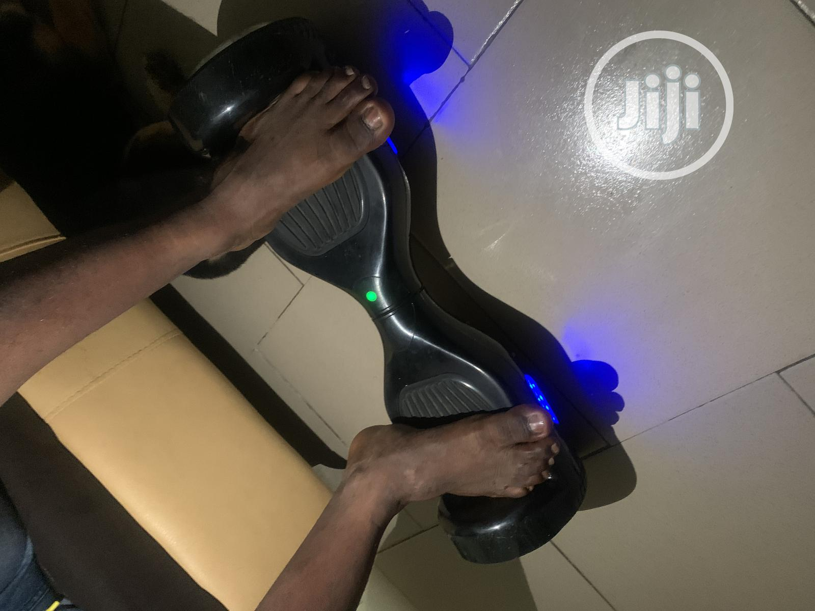 Archive: Fully Functional Hoverboard With All the Accessories