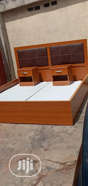 Newly Upholstery 6by6 Bed and Comes With 2 Bedside Drawers | Furniture for sale in Lagos State, Surulere