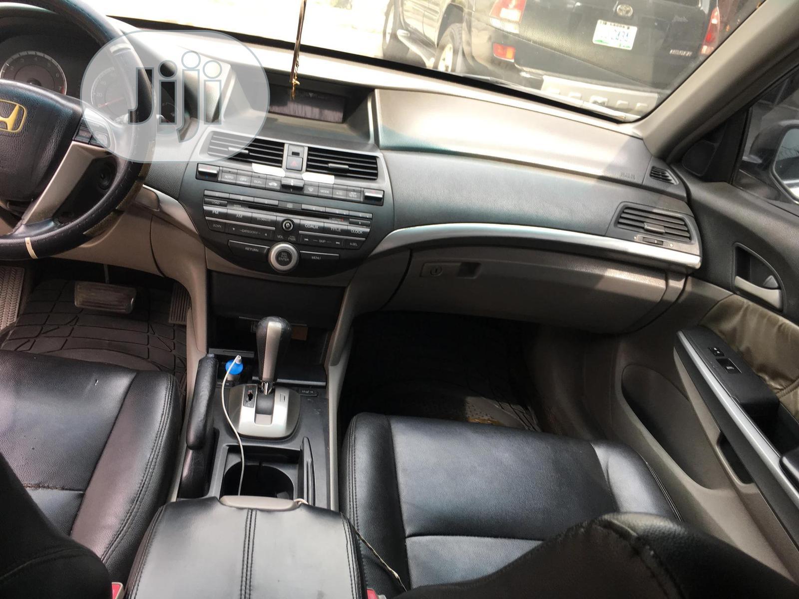 Archive: Honda Accord 2008 2.4 LX Automatic Silver