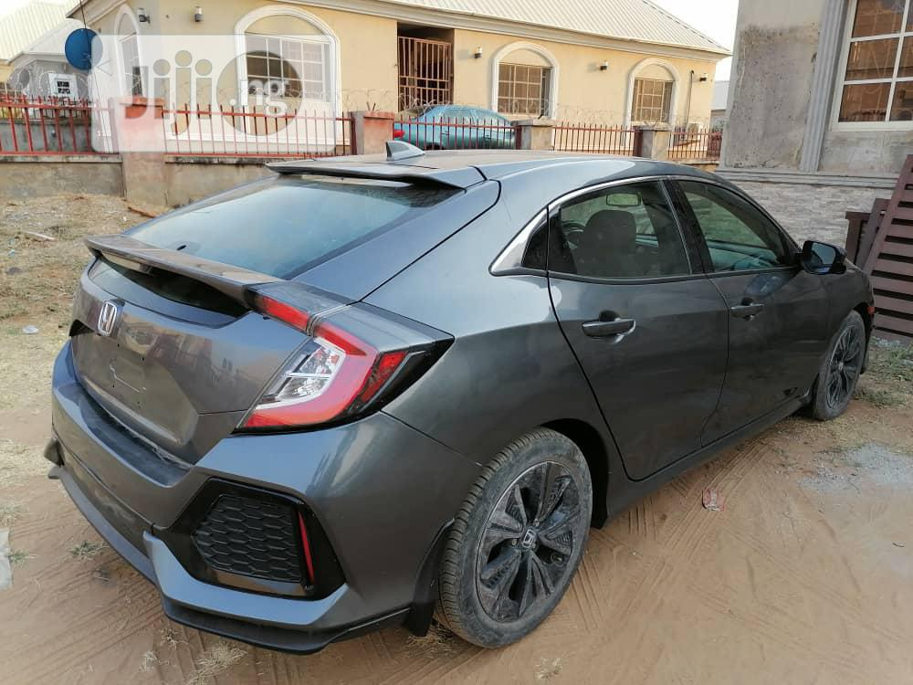 Honda Civic 2018 EX Hatchback Gray | Cars for sale in Wuse 2, Abuja (FCT) State, Nigeria