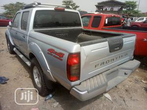 Nissan Frontier 2004 SVE V6 King Cab 4WD Silver | Cars for sale in Lagos State, Apapa