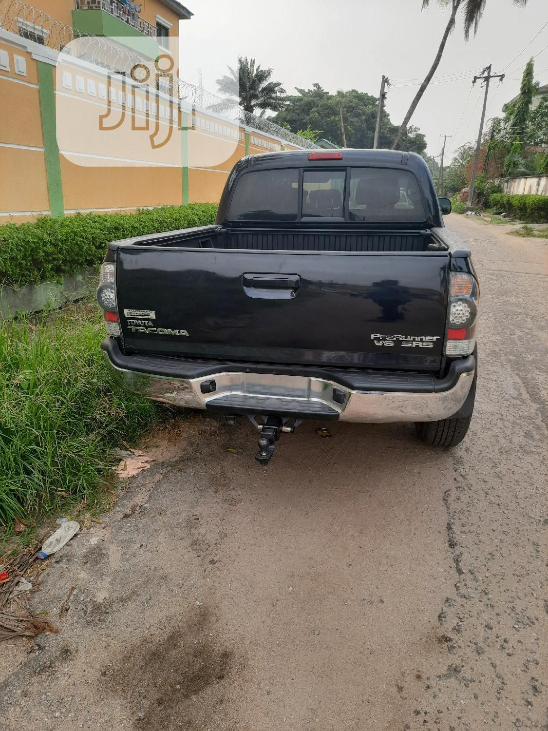 Toyota Tacoma 2006 PreRunner Access Cab Black | Cars for sale in Ikeja, Lagos State, Nigeria