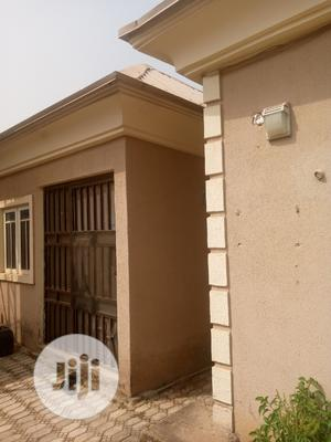 A Nicely Built Spacious 3 Bedroom Bungalow With Bq For Sale   Houses & Apartments For Sale for sale in Lugbe District, Sabon Lugbe