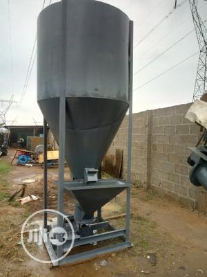 Quality Vertical Dry Mixer | Farm Machinery & Equipment for sale in Lagos State, Alimosho