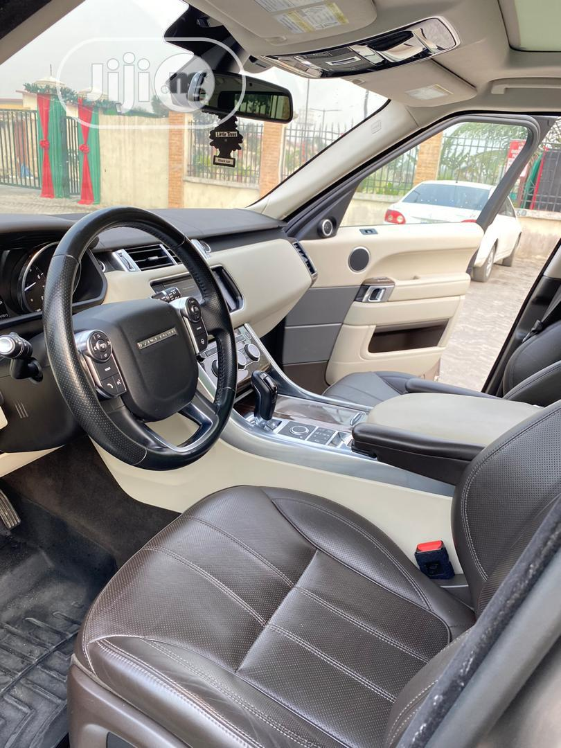 Archive: Land Rover Range Rover Sport 2016 Brown