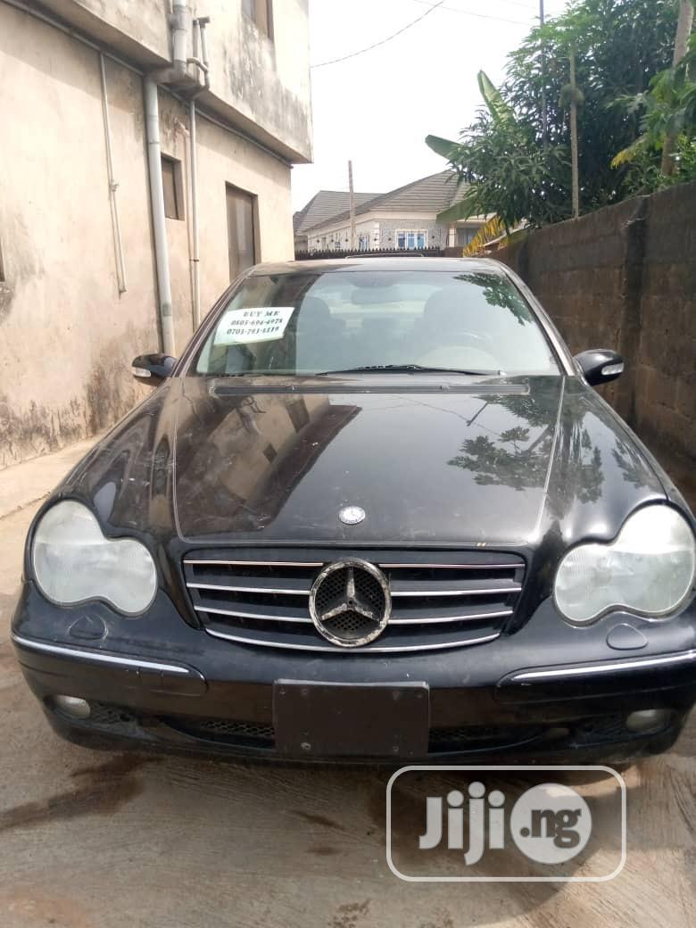 Mercedes-Benz C320 2005 Black