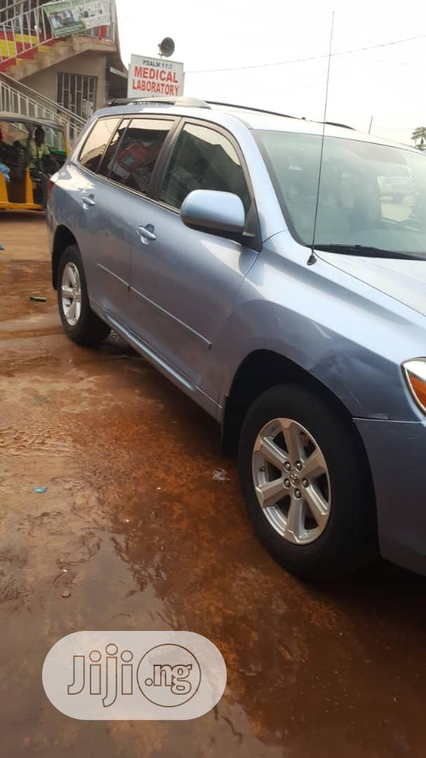 Toyota Highlander 2009 Limited 4x4 Blue | Cars for sale in Benin City, Edo State, Nigeria