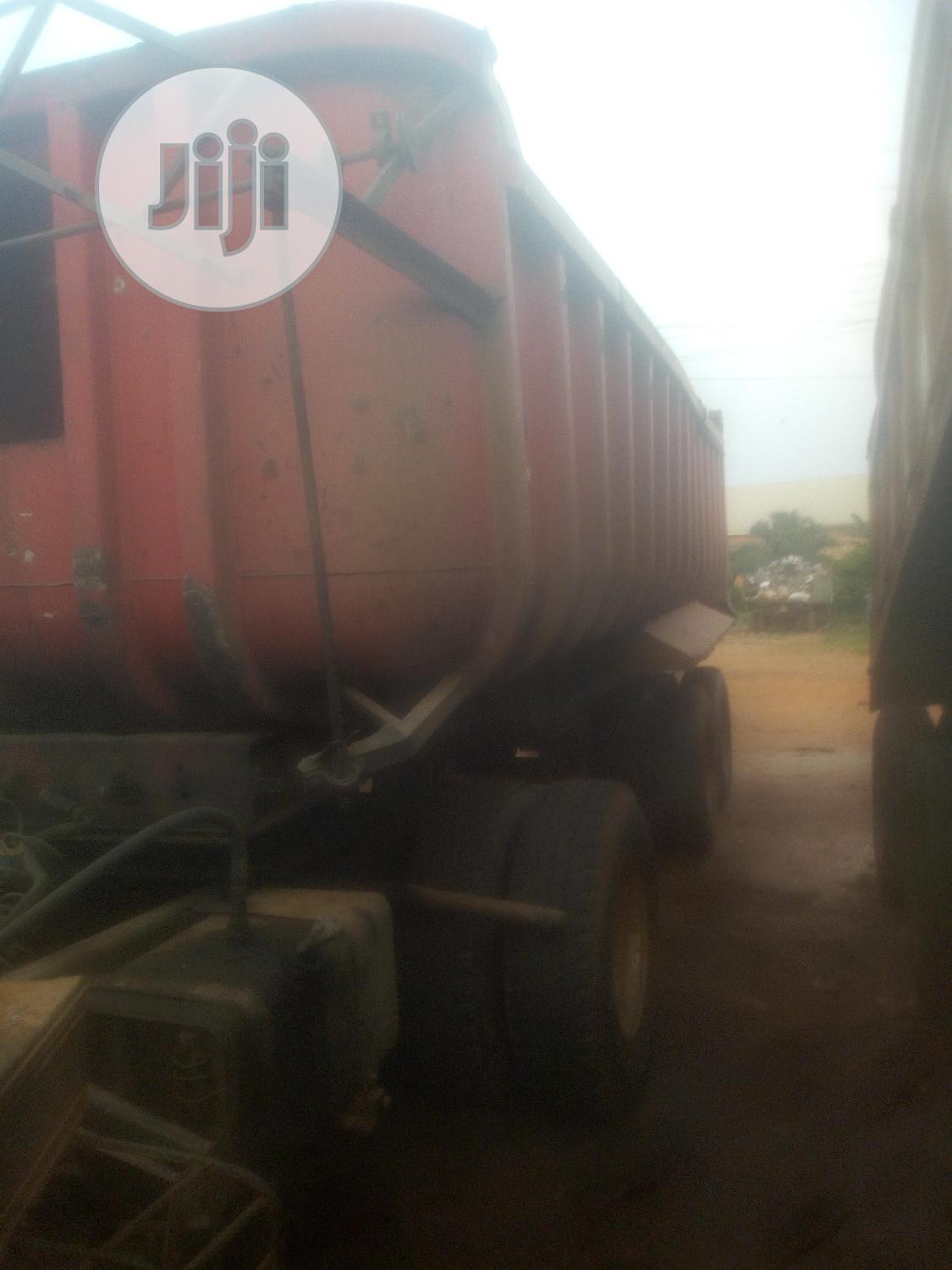 Archive: Complete Tipping Trailer