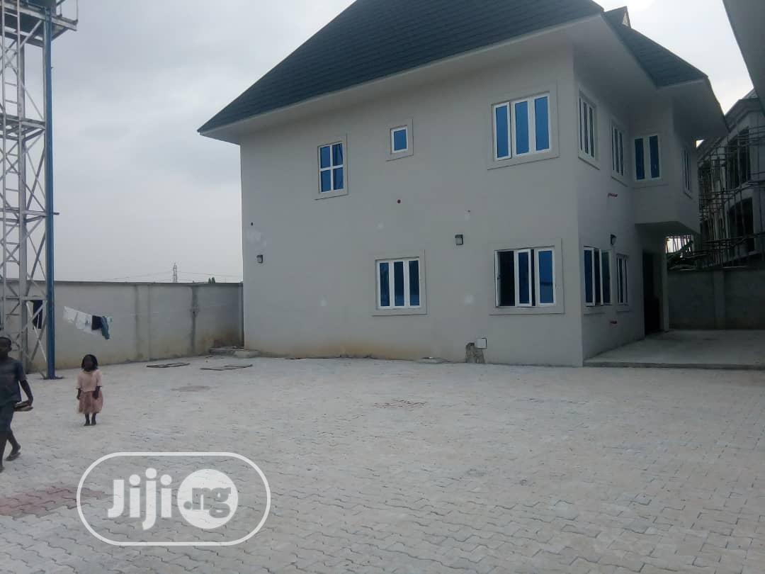 Brand New 2units of 4bedroom Duplex in Sars Rd PH