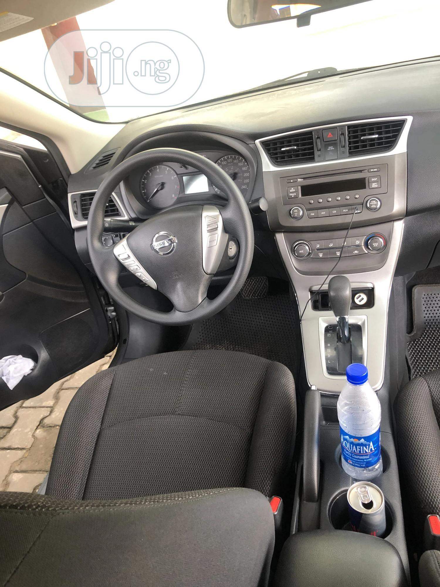 Archive: Nissan Sentra 2014 Silver