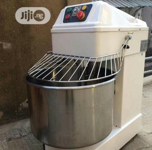 64L High Quality 25kg Dough/Spiral Mixer Available | Restaurant & Catering Equipment for sale in Lagos State, Ojo
