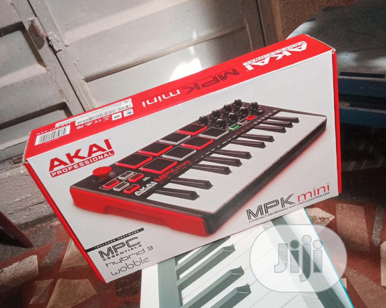 Archive: Akai Professional Studio Keyboard Mpk Mini