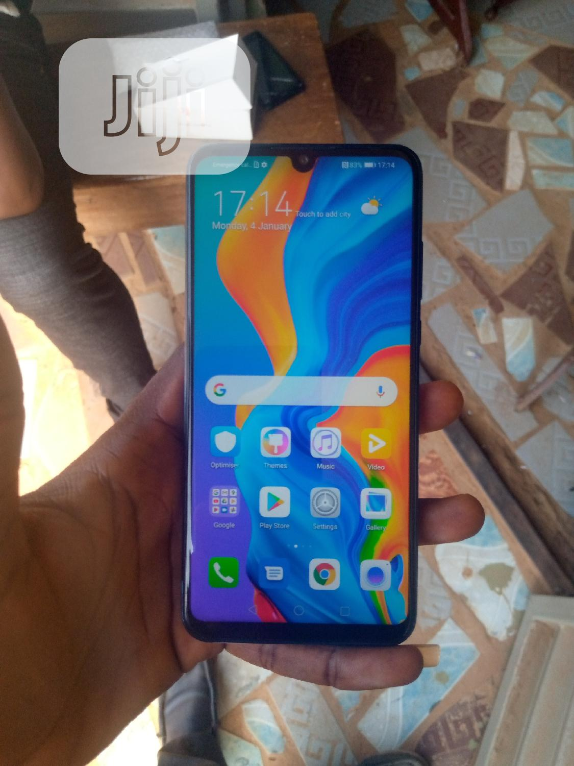 Archive: New Huawei P30 Lite 128 GB Blue