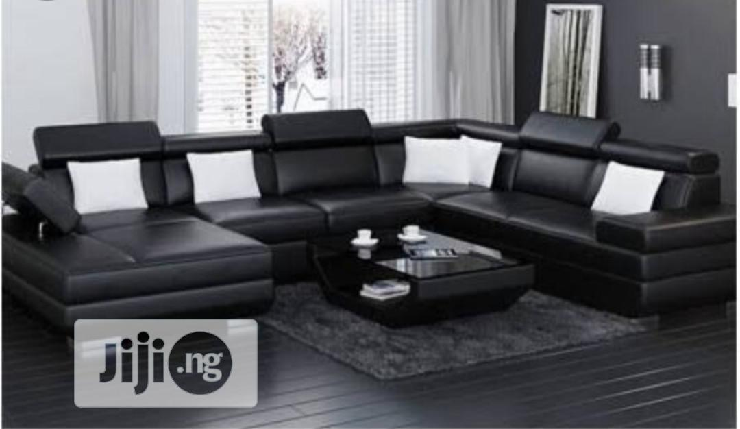 Archive: Quality U-Shaped Black Leather Sofa