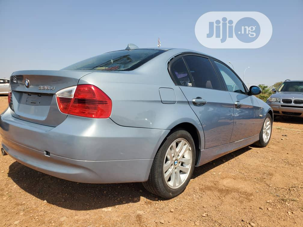 Archive: BMW 328i 2008 Blue