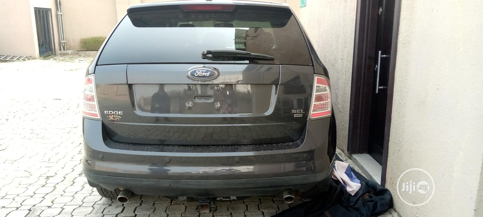 Archive: Ford Edge 2007 Gray