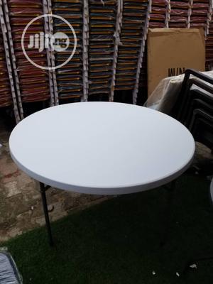 White Plastic Table   Furniture for sale in Lagos State, Oshodi