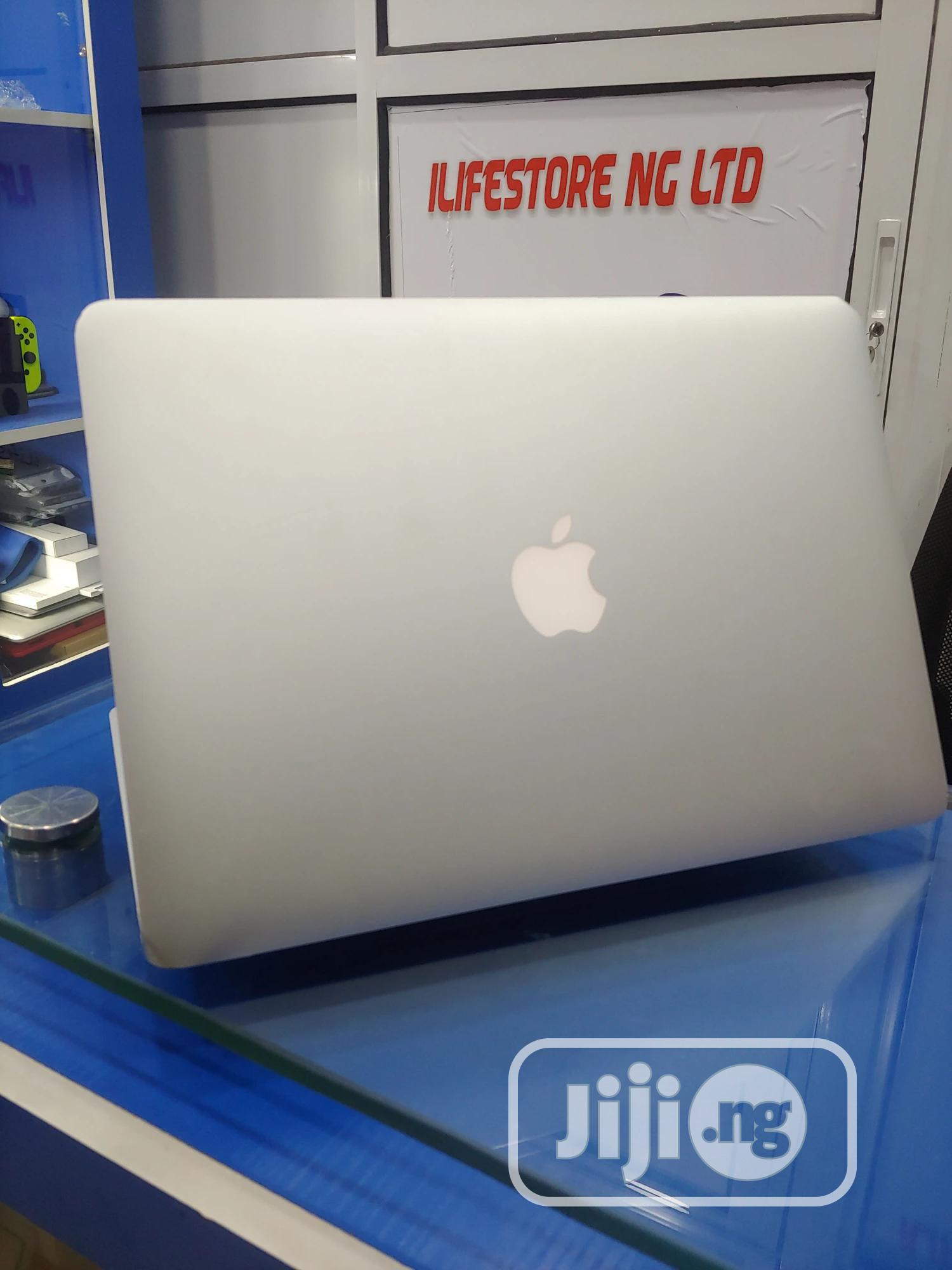 Laptop Apple MacBook Air 2015 4GB Intel Core i5 SSD 128GB