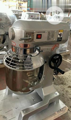 10 Lrts Heavy-Duty Professional Mixer   Restaurant & Catering Equipment for sale in Abuja (FCT) State, Utako