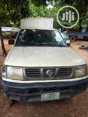 Nissan Frontier 2000 White | Cars for sale in Oyo State, Ibadan
