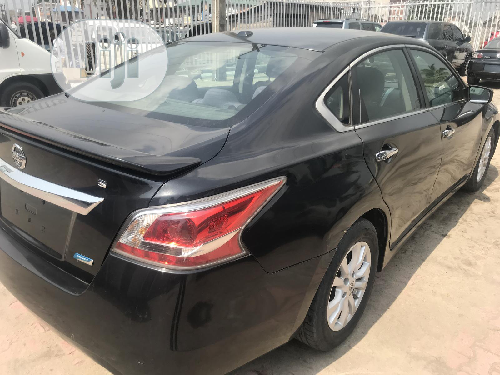 Nissan Altima 2013 Sedan 2.5 Black   Cars for sale in Ajah, Lagos State, Nigeria