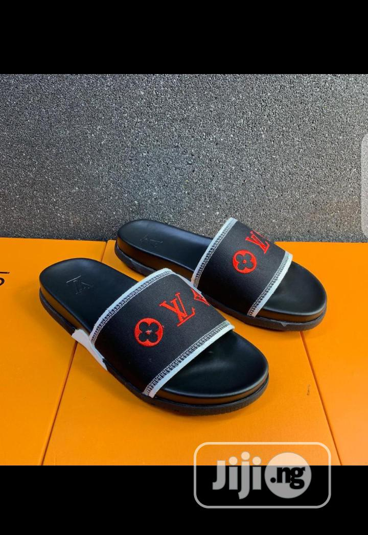 Archive: Louis Vuitton Slippers