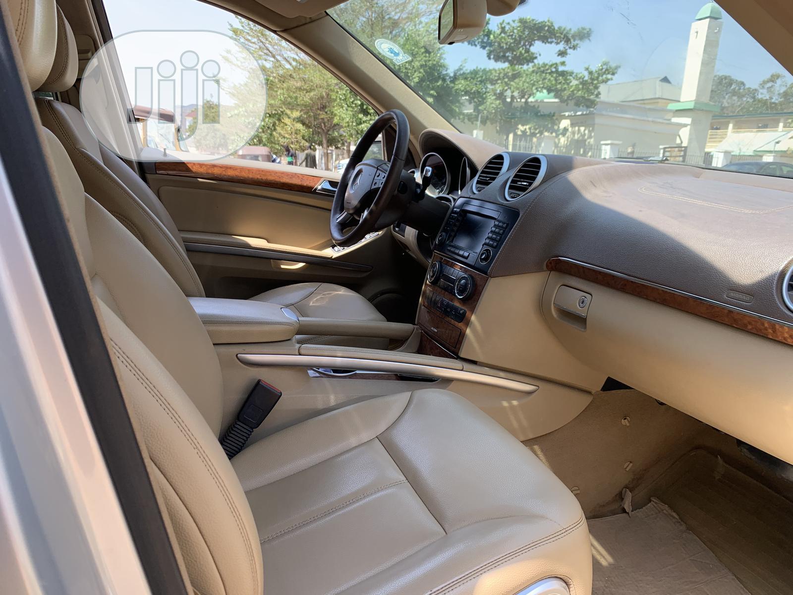 Mercedes-Benz GL Class 2007 GL 450 Silver   Cars for sale in Gwarinpa, Abuja (FCT) State, Nigeria