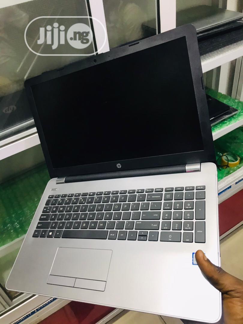 Laptop HP 250 G7 8GB Intel Core I5 SSD 1T