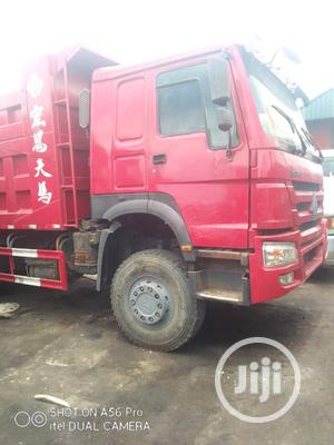 Howo Dump Trucks Very Clean and in Perfect Condition | Trucks & Trailers for sale in Lagos State, Ikeja