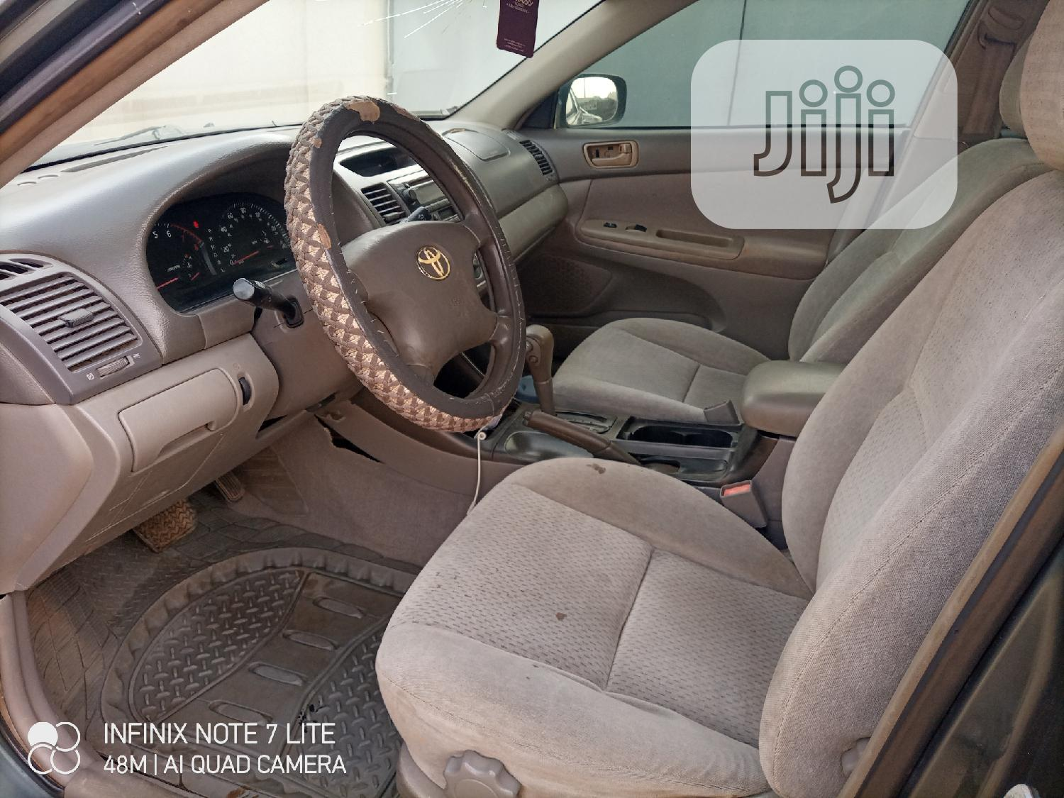 Archive: Toyota Camry 2002 Gray