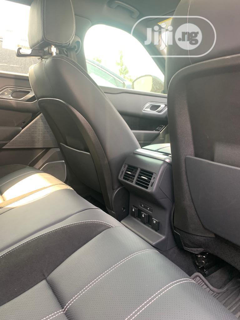 Archive: Land Rover Range Rover Velar 2018 P250 SE R-Dynamic 4x4 Gray