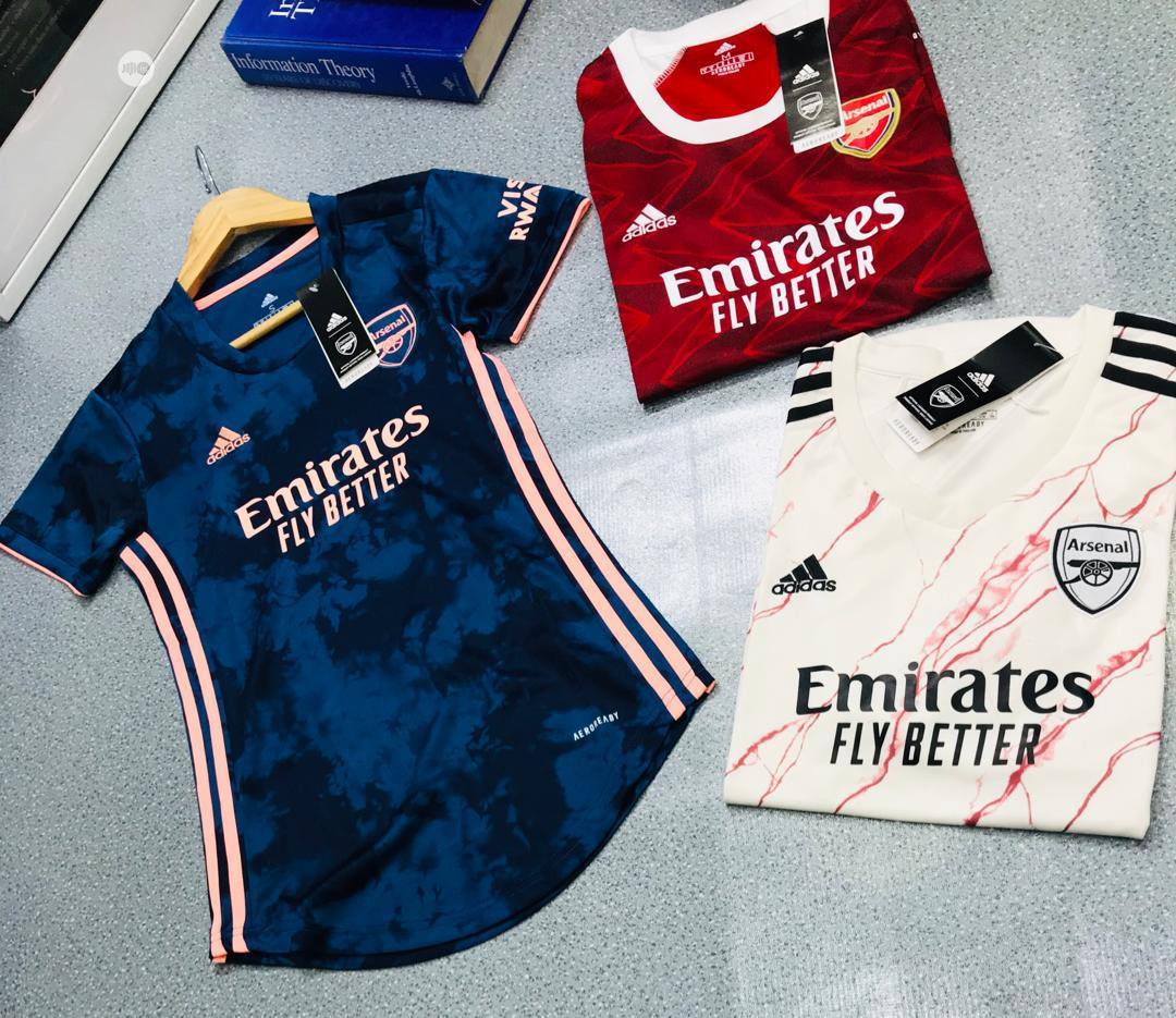 Archive: Arsenal Female Jersey/Customize